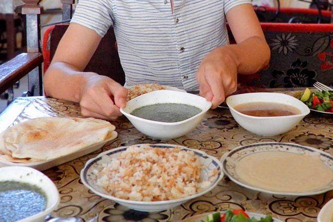 エジプト料理のおすすめ!モロヘイヤスープ