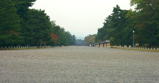 京都の観光案内には幅広い知識が必要