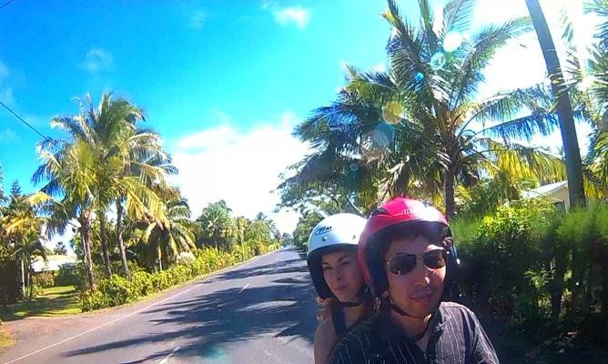 ラロトンガ島をレンタルスクーターで一周