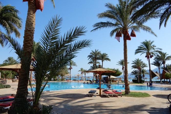 ティラナダハブリゾート (Tirana Dahab Resort) のスイミングプール